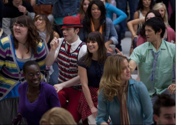 Lauren (Ashley Fink,  L), Kurt (Chris Colfer, second from L) and Mike (Harry Shum, R) perform for Rachel (Lea Michele, third from L)