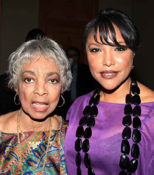 Ruby Dee & Lynn Whitfield attending the New Federal Theatre Press Conference at Trump Photo