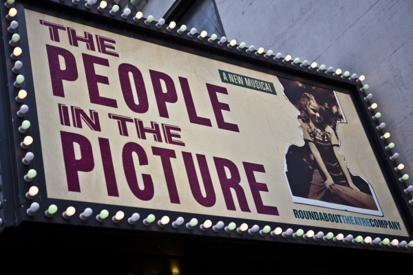 Photo Coverage: THE PEOPLE IN THE PICTURE Red Carpet