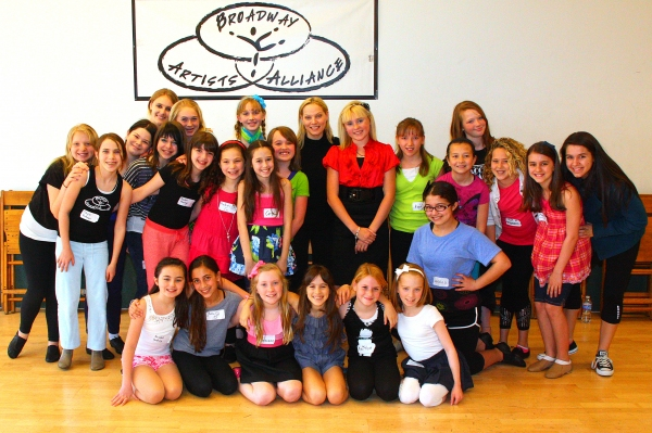Photo Flash: ANNIE Past & Present at Broadway Artists Alliance