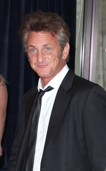 Sean Penn attending the White House Correspondents' Association (WHCA) dinner at the Washington Hilton Hotel in Washington, D.C.. © Walter McBride / WM Photography / Retna Ltd.