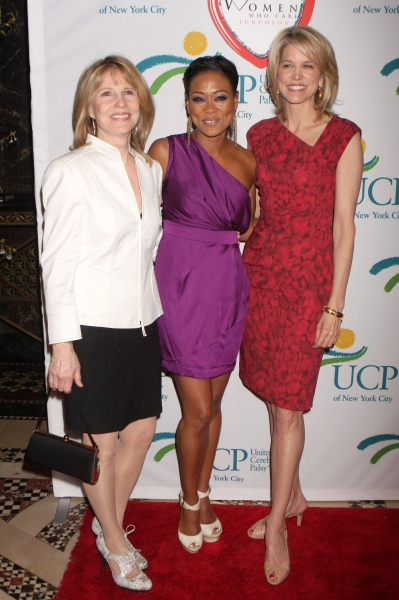 Donna Hanover, Robin Givens and Paula Zahn 