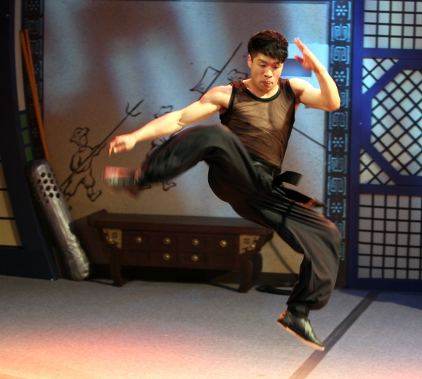 Photo Coverage: JUMP Meets the Press