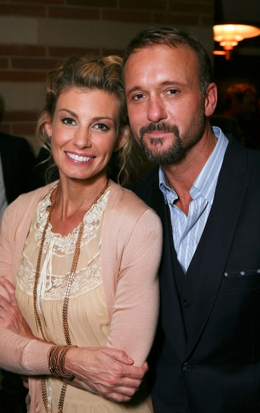 Cast members Faith Hill (L) and Tim McGraw