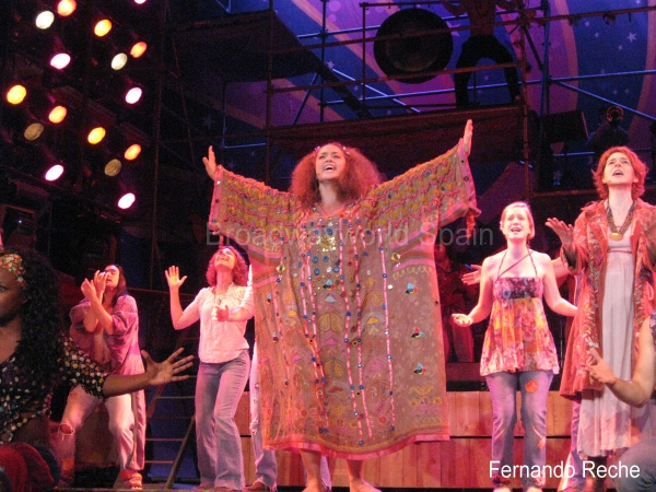 PHOTO FLASH: 'Hair' se estrena esta noche en Valencia