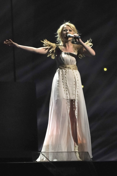 Mika Newton from Ukraine performs 'Angel'