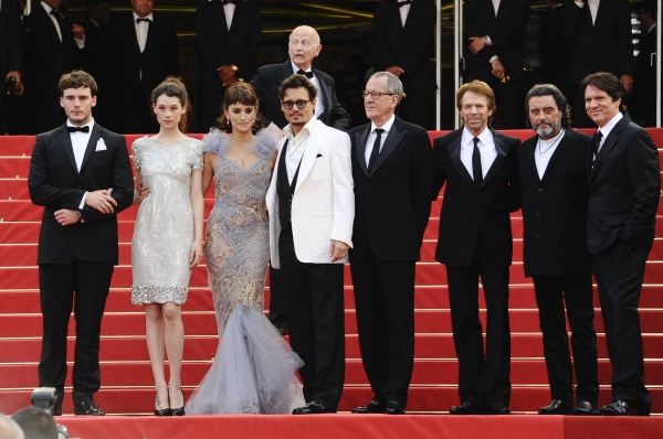Sat Claflin Astrid, Mountain Frisbey, Geoffrey Rush, Penelope Cruz, Johnny Depp, Director Rob Marshall,Producer Jerry Bruckheimer, and Ian McShane