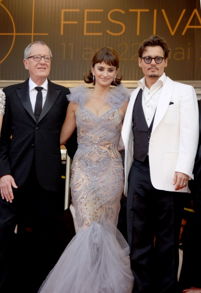 Johnny Depp (white jacket), Penelope Cruz and Geoffrey Rush 