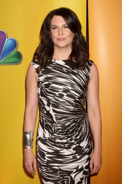 Lauren Graham  at SMASH's Messing, Huston, et al. at NBC Upfronts!