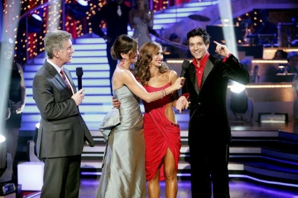Photo Flash: DANCING WITH THE STARS Finalists Revealed!