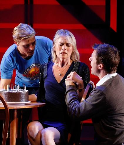 Photo Flash: NEXT TO NORMAL Makes Melbourne Premiere