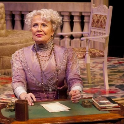 Elizabeth Shepherd as Mrs. Higgins