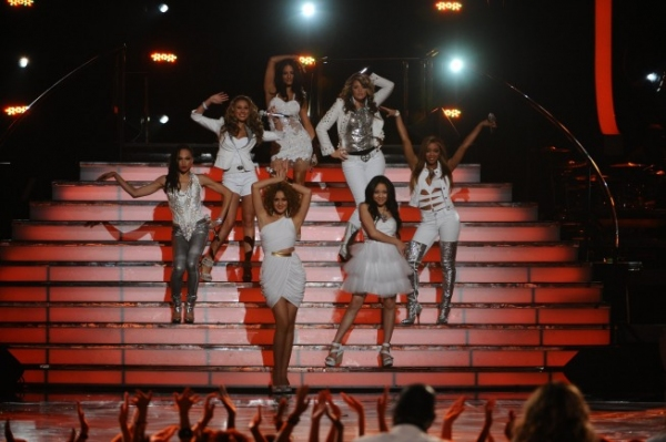 Lauren Alaina and the Top 12 Girls