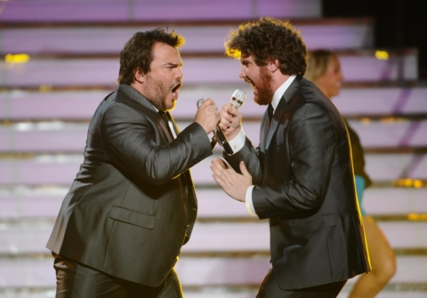 Jack Black, Casey Abrams at AMERICAN IDOL Season Finale - Lady Gaga, Beyonce, & More!