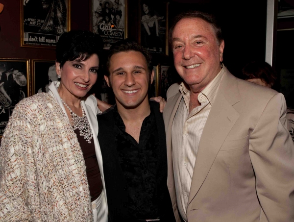Photo Coverage: Liza Minnelli & More Visit Nicolas King in Concert