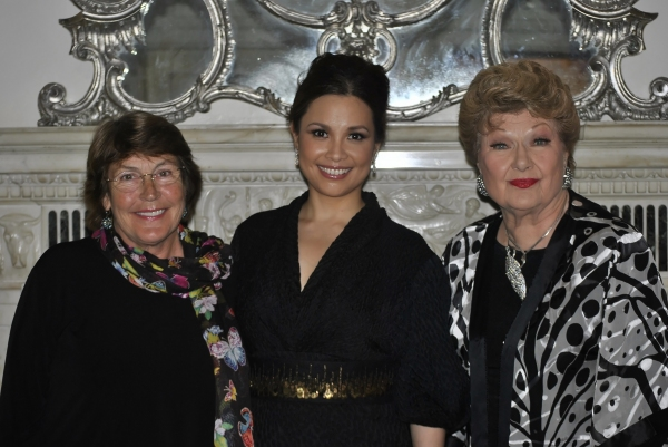 Helen Reddy, Lea Salonga, Marilyn Maye at