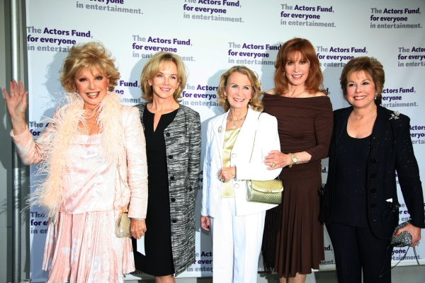 Ruta Lee, Linda Purl, Juliette Mills, Stefanie Powers & Kate Edelman Johnson