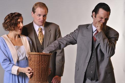 Victoria (Martina Ohlhauser), Frederick Lowndes (Joe Hartman) and William Cardew (Brian Villalobos)