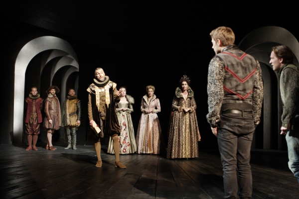 Photos: First Look at Theatre Royal Haymarket's ROSENCRANTZ AND GUILDENSTERN ARE DEAD