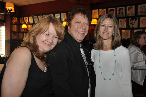 Suzanna Bowling, Robert R. Blume  and Gretchen Shugart