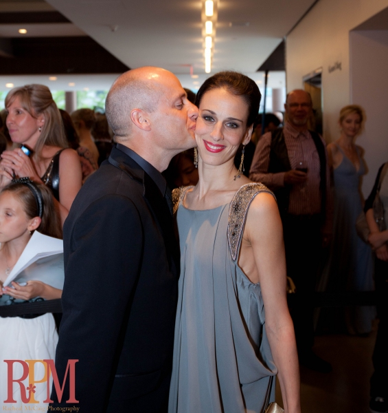 Kurt Browning congratulates wife Sonia Rodriguez with a kiss
