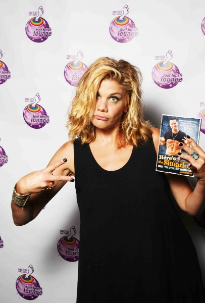 Kristen Johnston at Celebrity Autobiography With Michael Urie, Mo Rocca, & More!