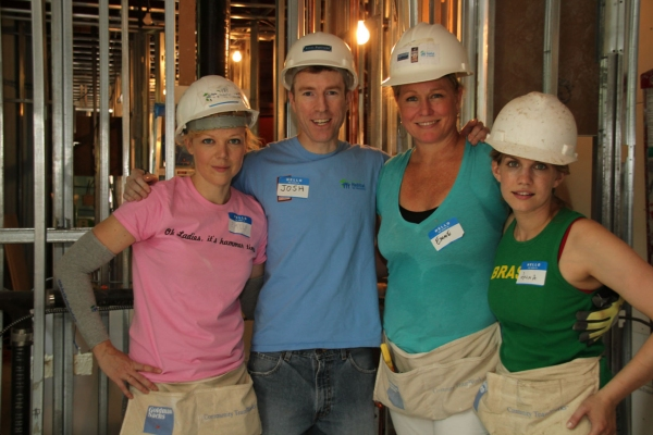 Photo Flash: LOVE, LOSS, AND WHAT I WORE Cast Helps Out Habitat for Humanity