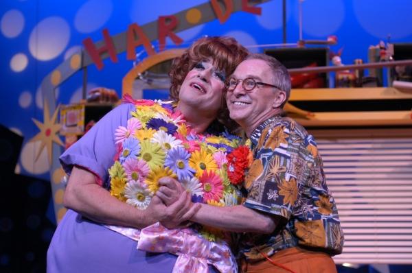 Jim J. Bullock and D.P. Perkins as Edna and Wilbur Turnblad