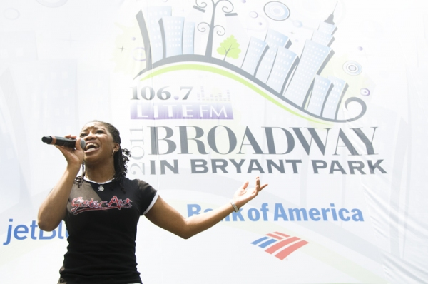 Photo Coverage: SISTER ACT, BABY IT'S YOU et al. Launch Broadway in Bryant Park!