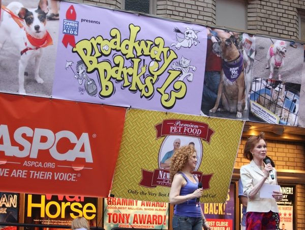 Photos: Broadway Barks 13th Annual Adopt-A-Thon Presentation