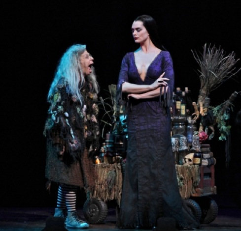 BWW Interviews: Brooke Shields and The Company of THE ADDMAS FAMILY on Their Newest Matriarch