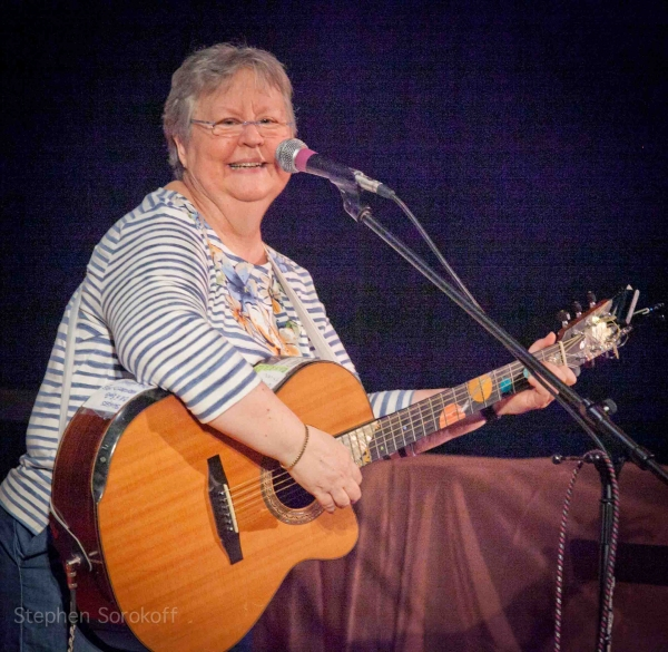 Photo Coverage: Christine Lavin Plays The Guthrie Center