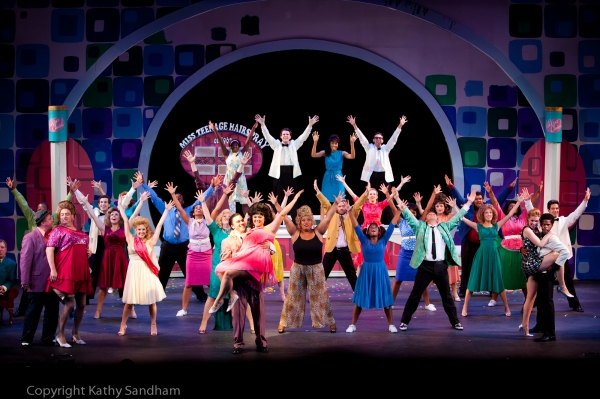 Cody Zak as Link Larkin, Brittany Lynne Eckstrom as Tracy Turnblad