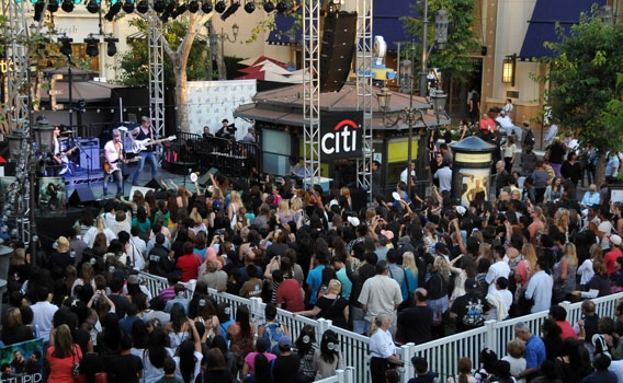 Photos: Frenchie Davis, Blake Lewis and Honor Society Perform at The Grove's Summer Concerts