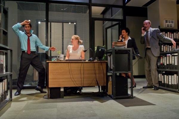 Shane Zaza as Elvis, Robyn Addison as Marie, Golda Roshuevel as Honey, Simon Kunz as Only Joe