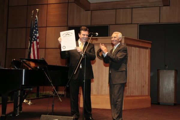 Photo Flash: Anthony Kearns Performs at NIGHT AT THE PAVILION