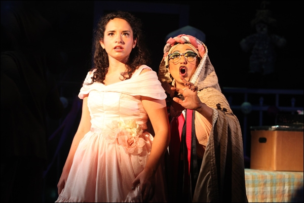 Photo Flash: First Look at Theatreworks USA's YELLOW BRICK ROAD