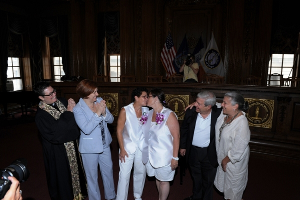 Pastor Ann Kansfield, City Council Speaker Christine Quinn, couple Linda Wilkins and Annette Fisher of Sea Gate, BP Markowitz, Jamie Markowitz