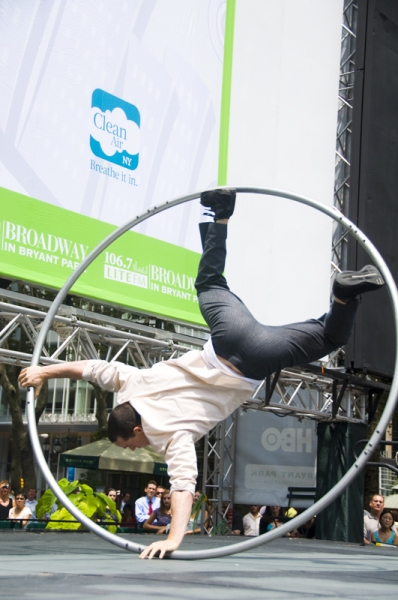 Photo Coverage: HAIR, ANYTHING GOES, PHANTOM & More Play Broadway in Bryant Park!