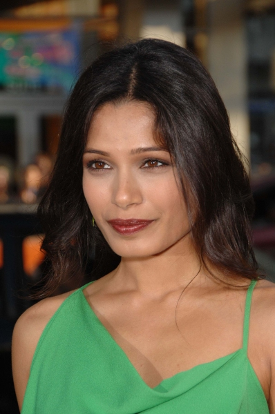 Freida Pinto  at LA Premiere of 'Rise of the Planet of the Apes'