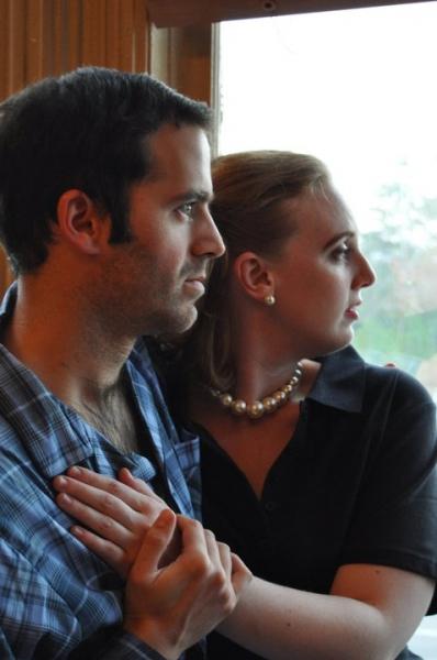 Brian Brooks as Jeff and Amy Gasparik as Lisa