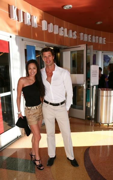 Actors Terri Ivens (L) and Rib Hillis (R)