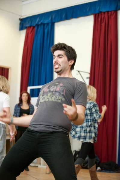 Simon Lipkin at ROCK OF AGES Begins Rehearsal in London!