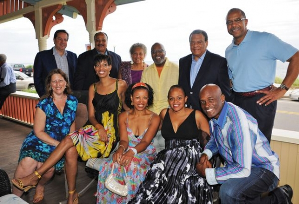 Photo Flash: STICK FLY Team Visits Martha's Vineyard
