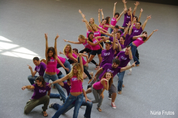 PHOTO FLASH: Presentación del reparto de Grease en Barcelona