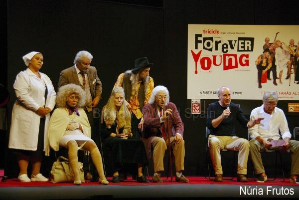 Edith Salazar, Maria Adamuz, Jacobo Dicenta, Dulcinea Juarez, Ruben Yuste, Armando Pita, Paco Mir y Carles Sans