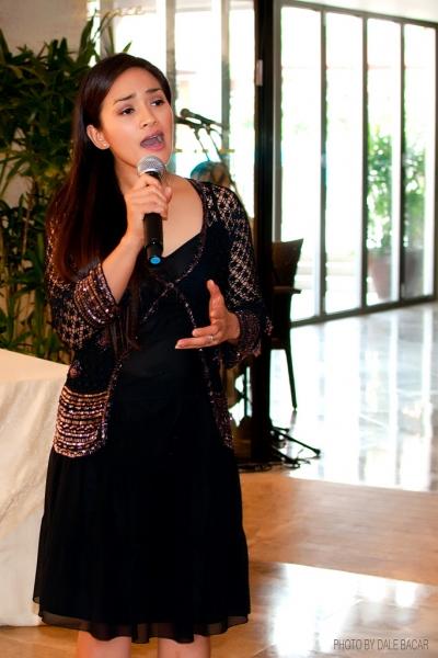 Joanna Ampil Photo