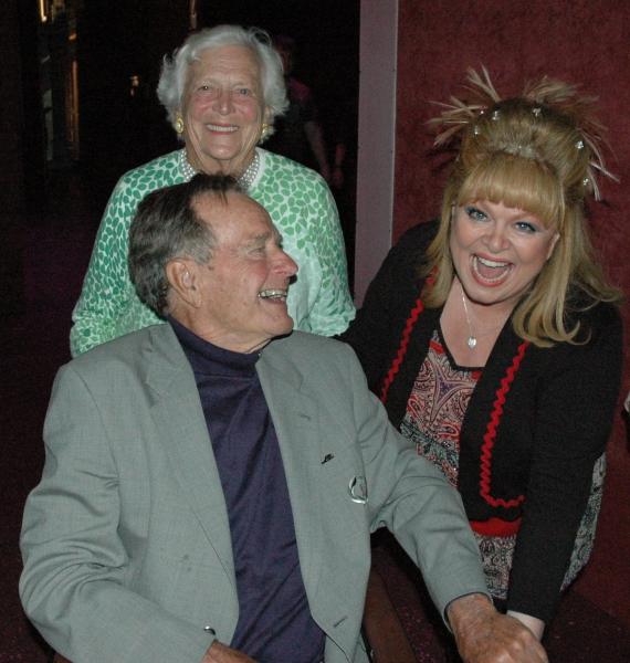 Barbara Bush, George H.W. Bush and Sally Struthers