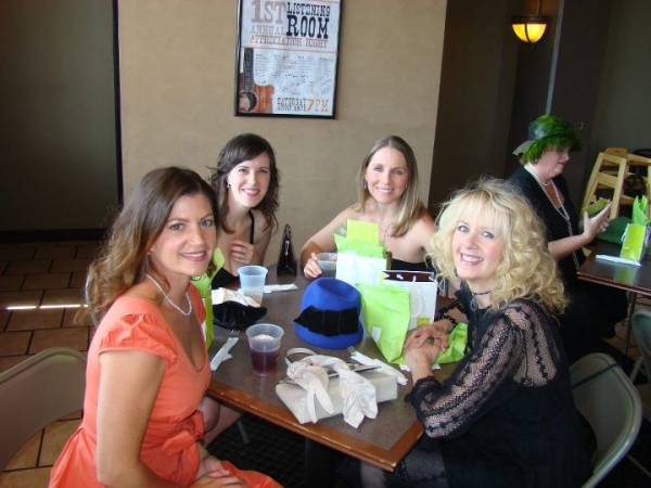 Shannon McMinn Hoppe, Beki Baker, Robyn Berg and Bonnie Keen