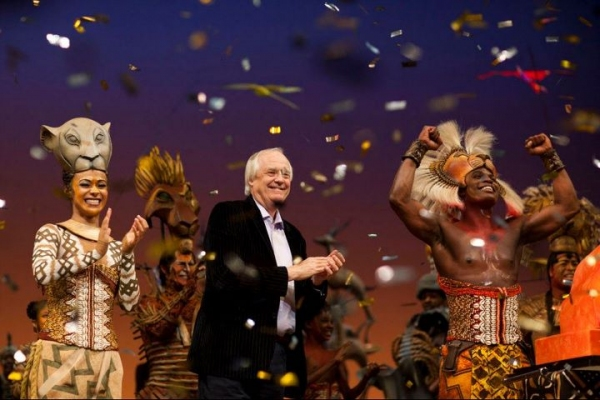 Photo Flash: West End's LION KING Celebrates 5000 Performances!